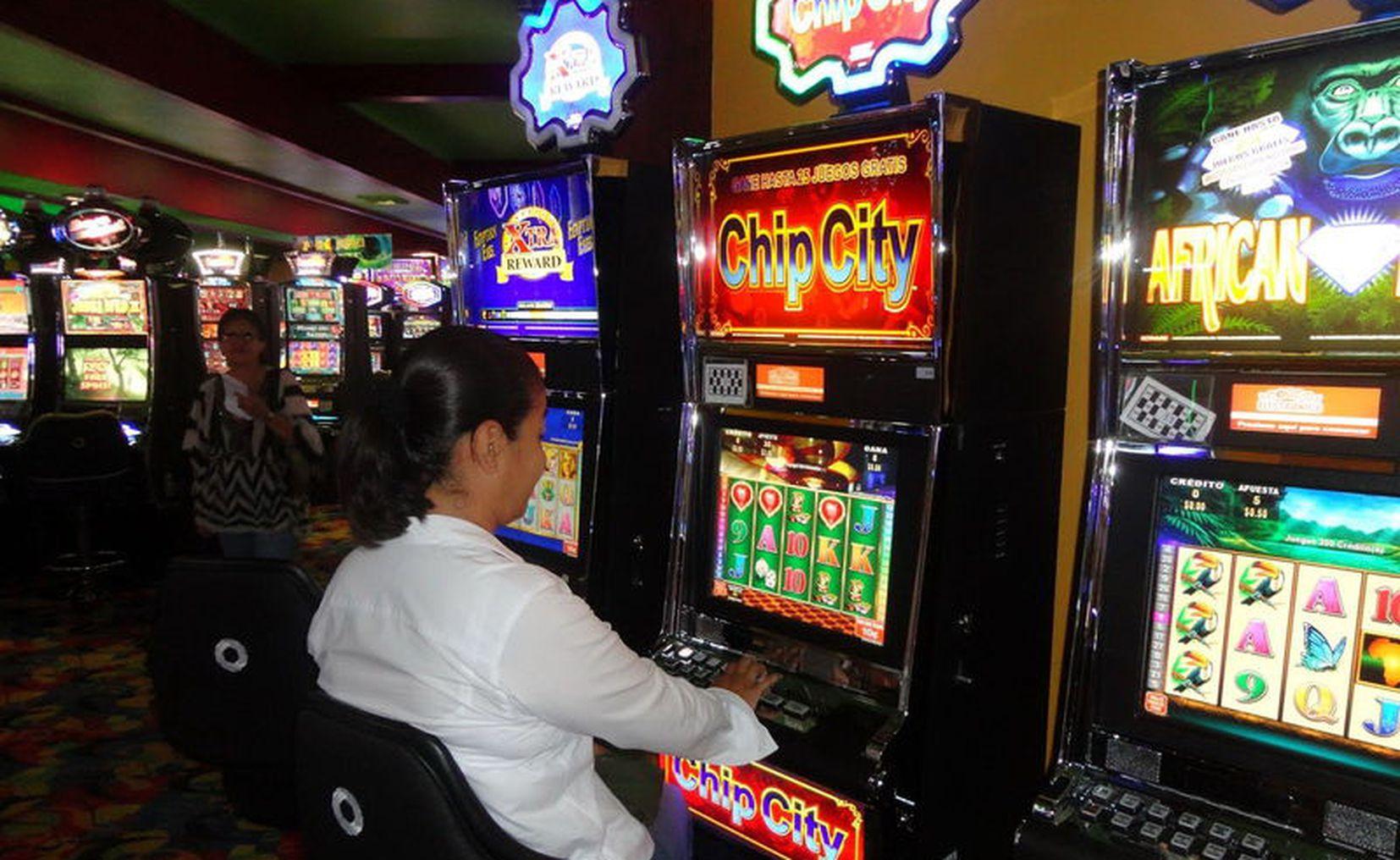 Pesos aceptados casino Crawlers